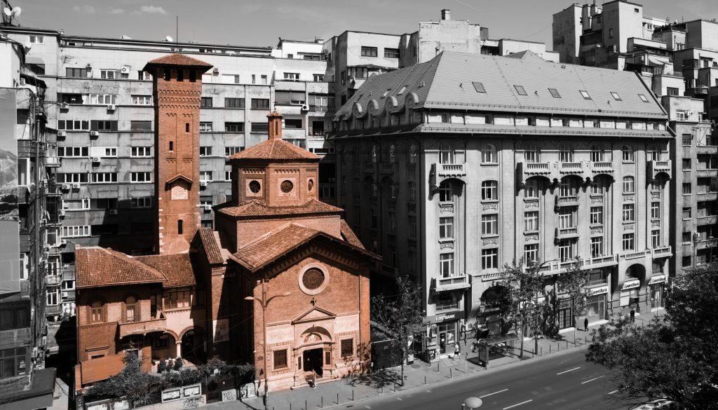 Biserica Italiană12